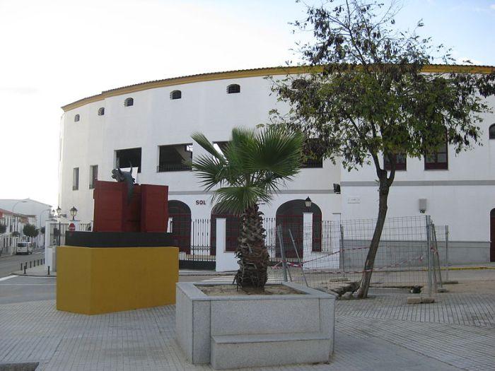 800px-Plaza_de_Toros_Pozoblanco