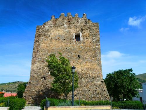 Castillo-de-Tahal