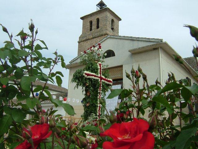 Iglesia de Alfacar en las cruces de Mayo