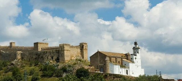 Jamones-Santa-Olalla-del-Cala