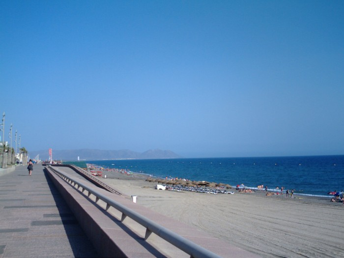 Paseo Maritimo Retamar